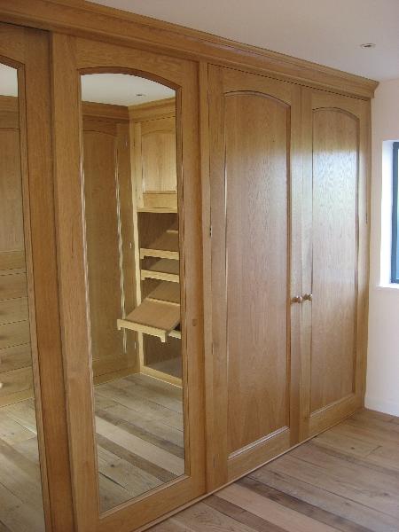 Quality Woodworks 187 Oak Dressing Room